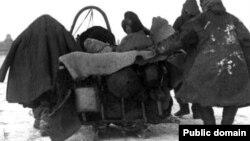 Исход казахов во время голода в 1930 годах.