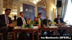 """Učesnici Foruma """"Bregzit: izazovi za EU i Zapadni Balkan"""""""