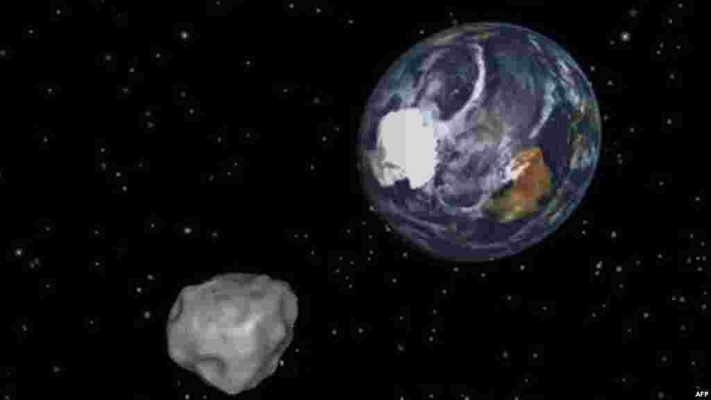 Təhlükə sovuşdu! 2012 DA14 asteroidi Yerin 27.7 min kilometrliyindən keçdi