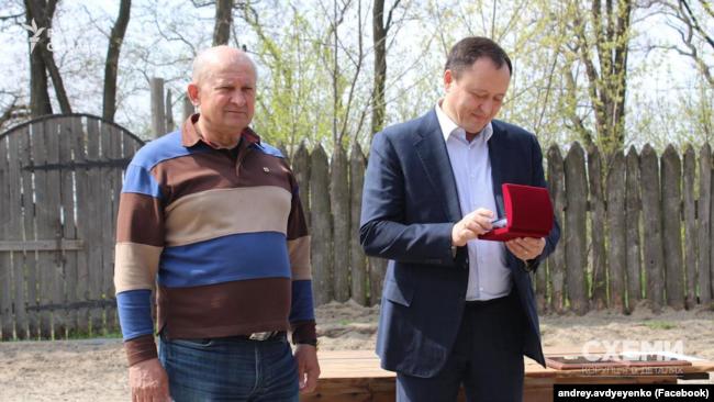 Авдєєнко, який називає себе істориком і адміралом (ліворуч), і Костянтин Бриль