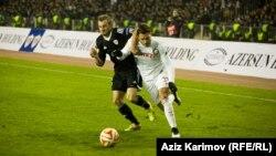 """""""Qarabağ""""ın oyunçusu solda. İtaliyanın """"İnter"""" komandası ilə oyun, 2014"""