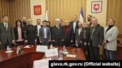 Встреча членов пророссийского «Совета крымскотатарского народа» с Сергеем Аксеновым