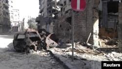 Ndërtesa të dëmtuara nga ushtria në qytetin Homs në Siri