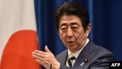 Ճապոնիայի վարչապետ Շինձո Աբե, արխիվ