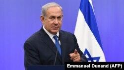 نخستوزیر اسرائیل خطاب به مردم ایران تأکید کرده که زمانی که حکومت کنون ایران سقوط کند، ایرانیها و اسرائیلیها دوباره دوستان خوب یکدیگر خواهند بود.
