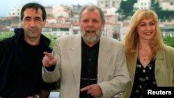 La Cannes în 1996 între actorii Răzvan Vasilescu și Cecilia Barbora
