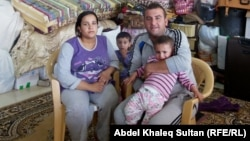 Iraqis seeking to escape IS-controlled Mosul hope to make it to Iraqi Kurdistan, like the family pictured above, and then on to Turkey.