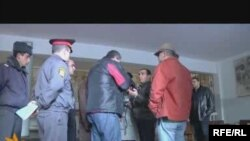 Armenia -- Screenshot of video showing a conflict between journalists and electoral sector officials in Yerevan, 10Jan2010