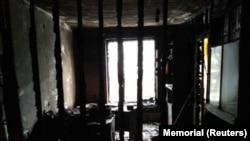 """Офис """"Мемориала"""" в Назрани после поджога"""
