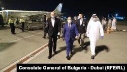 Министърът на икономиката по време на размяната на помощите в Абу Даби