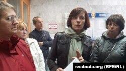 Ліяна Шуба (у цэнтры) расказвае, як прайшла сустрэча ў генпракуратуры