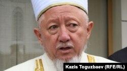 Қазақстанның бас мүфтиі Әбсаттар Дербісәлі. Алматы, 16 қараша 2010 жыл.