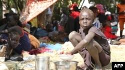Девочка-беженка из племени динка, территория миссии ООН, Джуба, Южный Судан