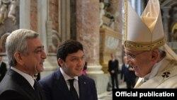 Roma Papası Ermənistan prezidentli ilə görüşür