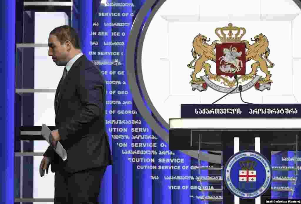 Бас прокурор Ираклий Шотадзенің (суретте) отставкаға кеткен. Бірақ шерушілер бұған көңілі толмай, енді үкіметтің отставкаға кетуін талап етіп отыр. 31 мамыр 2018 жыл.