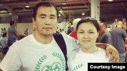 Адилет Романов с женой Бурул Алыкуловой.