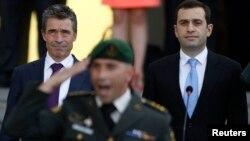 Министр обороны Ираклий Аласания не сомневается, что работа, проделанная его ведомством, будет оценена на «отлично». Однако это не гарантирует Грузии получение Плана членства в НАТО (МАР) на сентябрьском саммите Альянса в Уэльсе в этом году