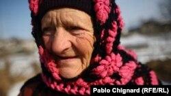 Pensionară din Sireți
