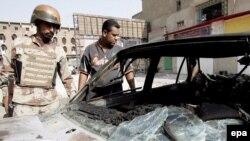 پليس عراق اعلام کرد که در روز يکشنبه درگيری ها در جنوب بغداد موجب کشته شدن چهار غير نظامی شده است.