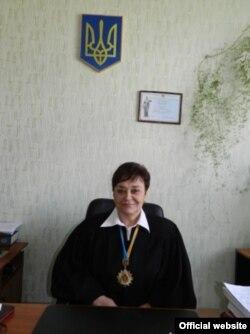 Любов Жогіна. Фото з сайту «Алчевського міського суду»