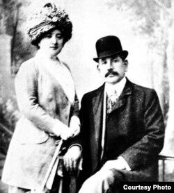 Murtuza Muxtarov xanımı Liza ilə.