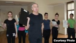 Dünya şöhrətli baletmeyster Sergey Gritsay Musiqili Teatrda tamaşa hazırlayır.