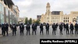 Bakı, metronun 28 may stansiyasının qarşısındakı meydan 19 oktyabr 2019