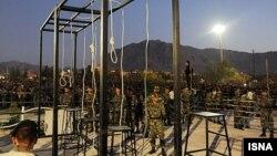 گزارشگر ویژه حقوق بشر سازمان ملل در امور ایران میگوید در هشت ماه اول سال جاری میلادی بیش از ۳۰۰ مورد اعدام در ایران ثبت شده است.