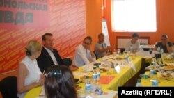Хезмәт министры Айрат Шәфигуллин белән матбугат очрашуы. 17 август 2011 ел