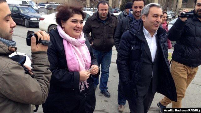 Azerbaijan -- Journalist Khadija Ismayilova summoned to the Prosecutor General's office, February 19, 2014.