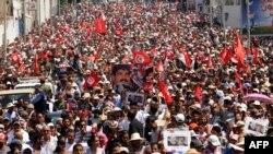 Під час похорону Мухаммада Брагмі, Туніс, 27 липня 2013 року