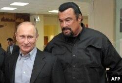Стівен Сігал та Володимир Путін, 2013 рік