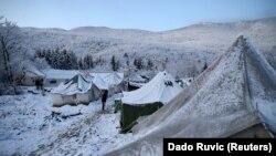 Neljudski uslovi u kampu 'Vučjak' pogoršani