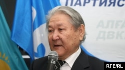 Kazakh Communist Party leader Serikbolsyn Abdildin