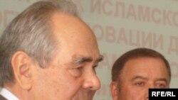 Академиядә Татарстаннан ике әгъза бар. Берсе мактаулы, берсе гамәли.