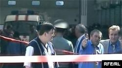 Правоохранительные органы рассматривают две версии взрыва - коммерческие разборки и убийство на почве национальной ненависти