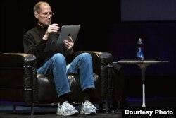 Стив Джобс с i-pad