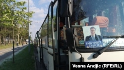 """Parkirani autobusi na ulicama Beograda pred Vučićev miting """"Budućnost Srbije"""""""