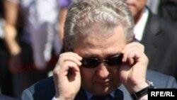 Аслан Мусин Қазақстан президенті әкімшілігінің жетекшісі болып тұрған кезде. Астана, 1 маусым 2010 жыл.