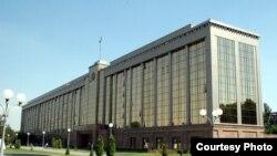 Здание кабинета министров Узбекистана.