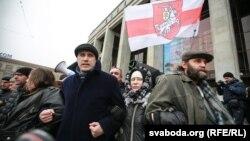 Павал Севярынец на акцыі пратэсту 22 лютага
