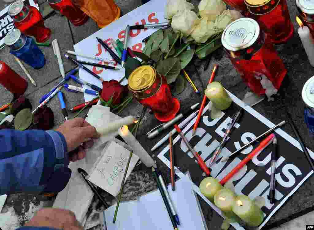 Акция памяти погибших в результате нападения на редакциюCharlie Hebdo. Босния и Герцеговина, 8 января 2015 года