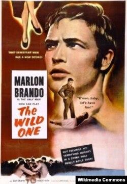 """Marlon Brandonun erkən filmlərindən biri """"Vəhşi"""""""