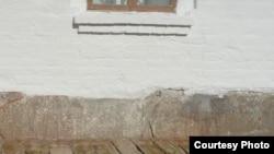 Успен чиркәве нигезендәге гарәп язулы кабер ташлары реставрациядән соң