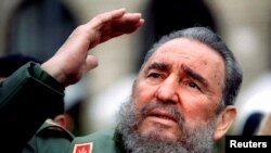 فیدل کاسترو رهبر انقلابی کیوبا