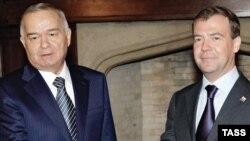 Орус жана өзбек президенттеринин Москвадагы сүйлөшүүлөрүндө Кыргызстандагы кырдаал башкы темалардын бири болду.