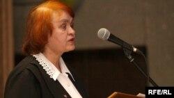 Лідзія Савік