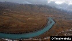 ГЭС курула турган Нарын дарыясы, 27-октябрь, 2012