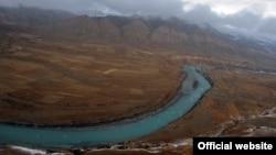 Төрт ГЭС курулмакчы болуп жаткан Жогорку Нарын.