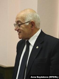 Адвокат Юрий Костанов